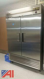 True Double Door Cooler/Freezer