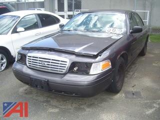 2000 Ford Crown Victoria 4 Door/Police Interceptor