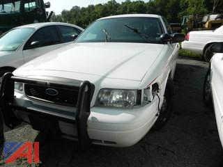 (#9) 2011 Ford Crown Victoria 4 Door/Police Interceptor