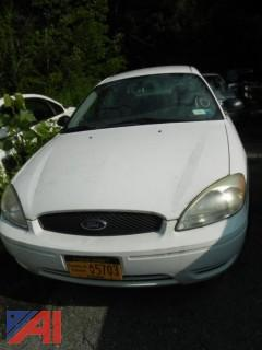 (#10) 2005 Ford Taurus SE 4 Door