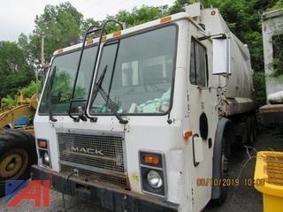 2005 Mack LE613 Reloader Garbage Truck