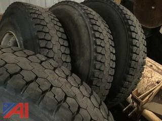 11R-24.5 Tires on Budd Dual Rims