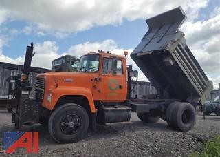 1993 Ford L9000 Dump Truck