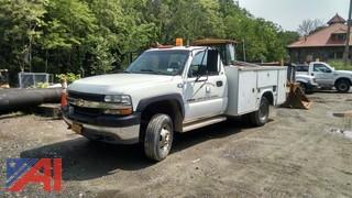 2002 Chevy Silverado 3500 Truck with Utility Body