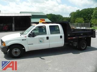 2001 Ford F350 Super Duty Crew Cab Pickup Truck with Dump Body