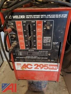 295 Amp AC Electric Welder