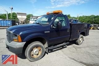 2005 Ford F250 XL Super Duty Utility Vehicle