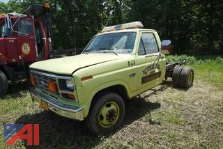 1986 Ford F350 Cab & Chassis