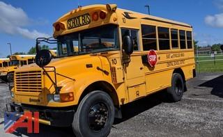 2004 International T444E 3800 Mini School Bus