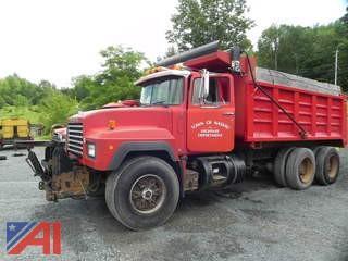 1993 Mack RD690S Dump Truck