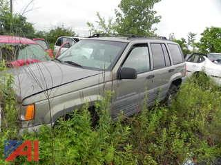 (#4) 1997 Jeep Laredo Grand Cherokee SUV