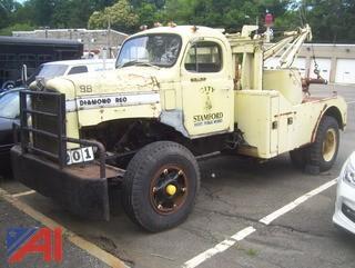 1970 Diamond Reo C10142 Tow Truck