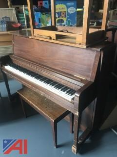 Everett Piano