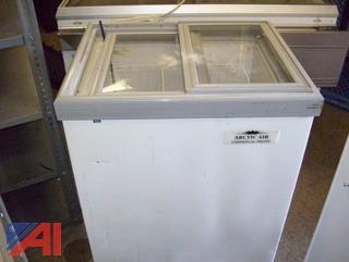 Arctic Air Small Ice Cream Freezer