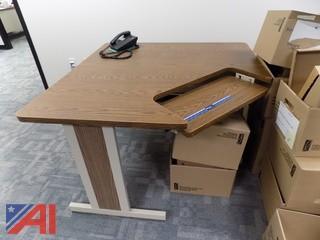Corner Desk/Computer Desk