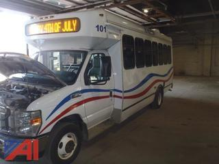 2010 Ford E450 Super Duty Wheelchair Bus