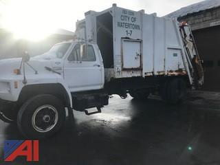 1994 Ford F700F Packer/Garbage Truck