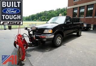 2003 Ford F150 XLT 4X4 Pickup Truck w/Plow & Spreader