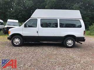 2006 Ford E250 Transport Van with Wheelchair Lift