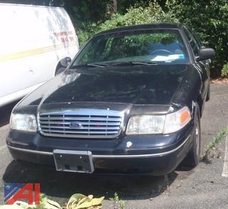 2004 Ford Crown Victoria 4 Door/Police Interceptor