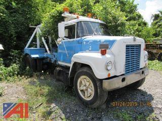 1968 International 2000 Tow Truck