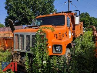 2000 International 2674 Dump Truck