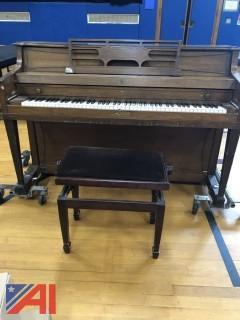 Baldwin Oak FInish Upright Piano
