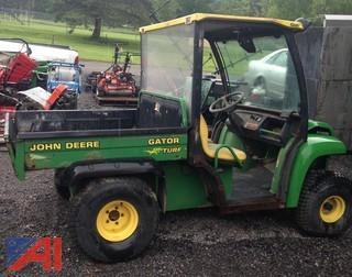John Deere Turf Gator Utility Vehicle