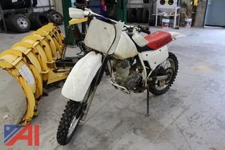 1999 Honda XR200R Dirt Bike