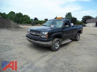 2004 Chevy Silverado 2500 Pickup Truck