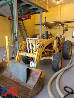 1983 John Deere 401B Tractor/Loader
