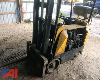 3,000 lb Forklift