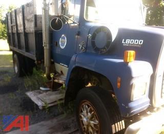 1991 Ford LN80000F Stake Rack Dump Truck