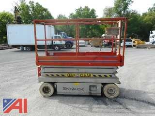 Skyjack SJIII 3220 Scissor Lift
