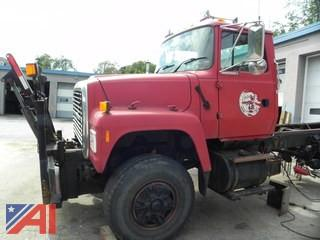 1997 Ford L8000F Cab & Chassis
