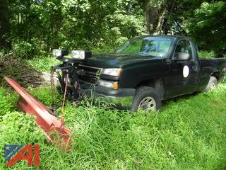 2006 Chevy Silverado 1500 Pickup Truck with Plow