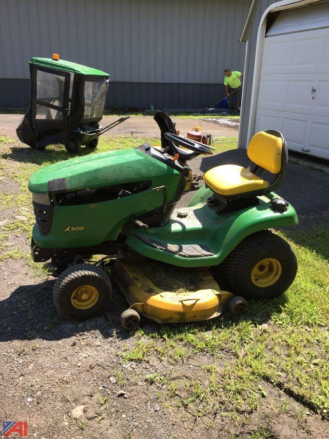 John Deere Lawn Tractor and Cover