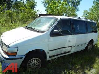 (#1) 1993 Chrysler Town & Country Van