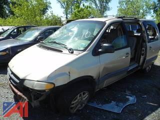 (#10) 2000 Dodge Grand Caravan SE Van