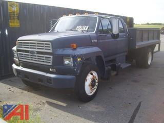 1993 Ford F700F Stake Body Truck