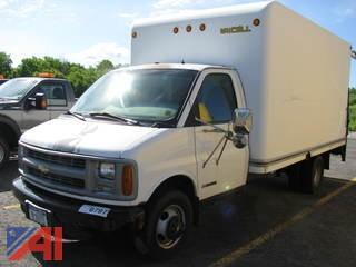 2000 Chevrolet Express G3500 Box Truck