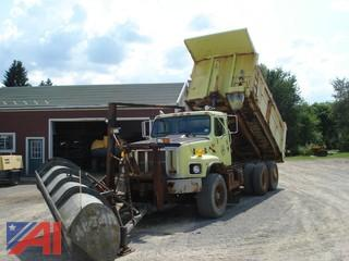 2002 International 2674 Dump Truck with Road Plow