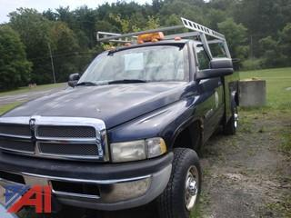 (#11) 2001 Dodge Ram 2500 Pickup Truck with Utility Body