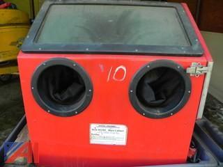(#10) Central Pneumatic 42202 Sand Blast Cabinet