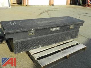 "(#14) Husky 70"" Truck Took Box"
