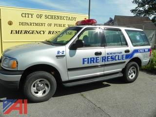 (#32) 2000 Ford Expedition SUV/Emergency Vehicle