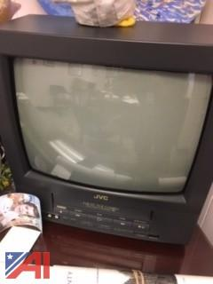 Small JVC TV/VCR Combination