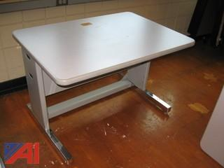 Computer Tables with Adjustable Legs