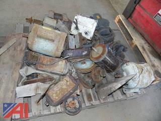 (#4) Pallet of Old AC Motors