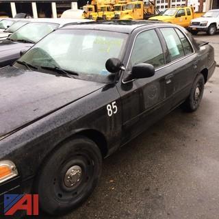 (#4) 2004 Ford Crown Victoria 4 Door/Police Interceptor